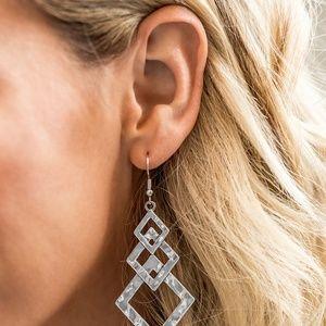 paparazzi Jewelry - Point Blank